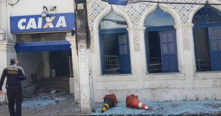 Polícia Federal dá detalhes sobre explosão da Agência da Caixa de Paudalho