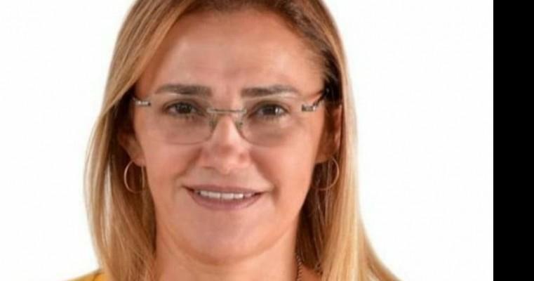 Rumores nos quatro quantos de cedro que segunda as informações a candidata a prefeita de cedro RIVA BEZERRA