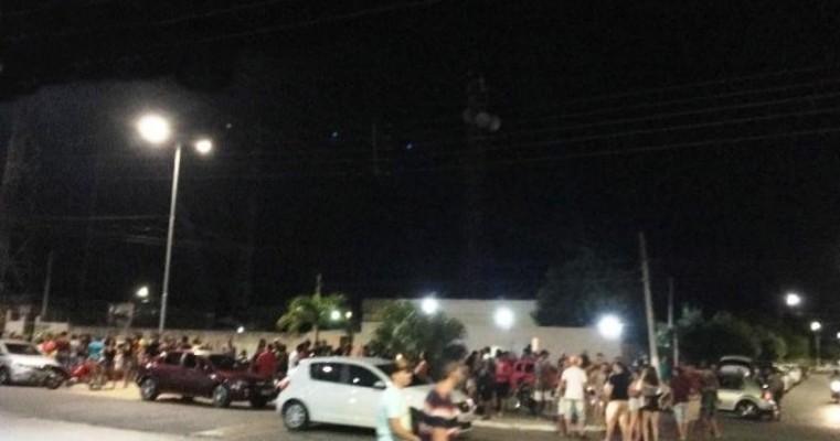 População ignora riscos de contágio e o movimento aumenta nas ruas de Cabrobó