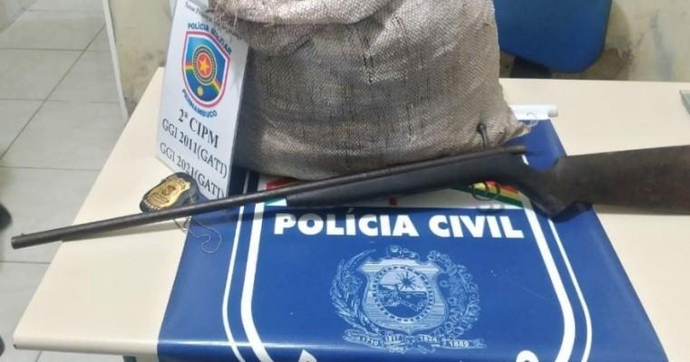 Operação conjunta polícias militares e civis apreendem arma e droga nas cidades de Cabrobó e orocó no sertão
