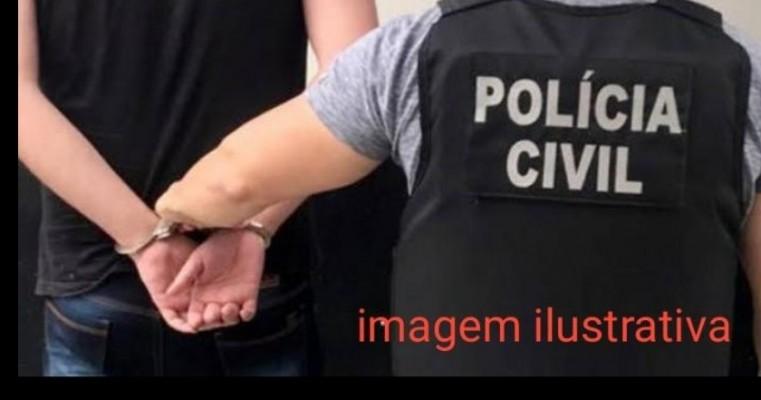Policiais Civis da 25ª DESEC de Cabrobó cumprem mandado de prisão