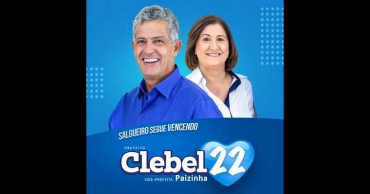 *Em 2º dia de campanha, Clebel Cordeiro e Paizinha visitam moradores em Salgueiro.*