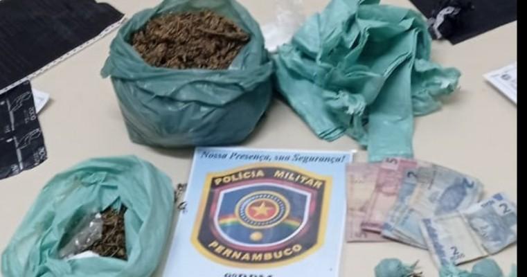 Salgueiro-PE polícias militares e malhas da lei fecha  boca de fumo no bairro do Planalto