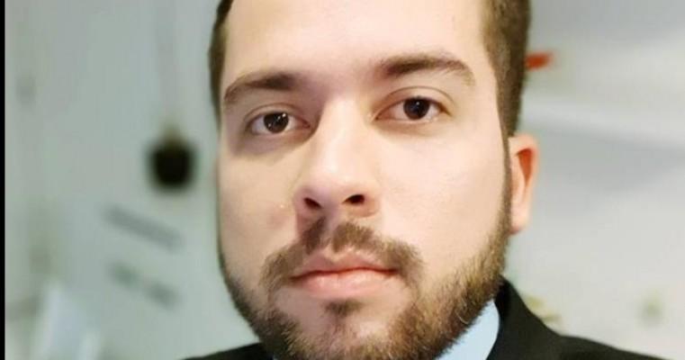 JOÃO LUIZ EX PROCURADOR DO MUNICÍPIO DE SALGUEIRO  E O ENTREVISTADO DE HOJE NO POLÍTICA EM FOCO.