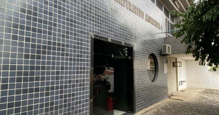 Celpe corta luz da Prefeitura de Belo Jardim