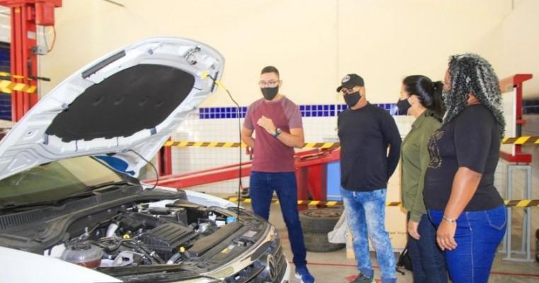 Mais empregos para técnicos em Manutenção Automotiva