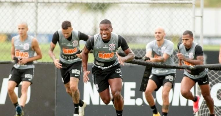 Corinthians sofre surto de covid-19 um dia antes de jogo com Palmeiras