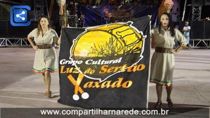Na quarta noite de São João além de muito forró teve apresentação do Grupo Cultural Luz do Sertão