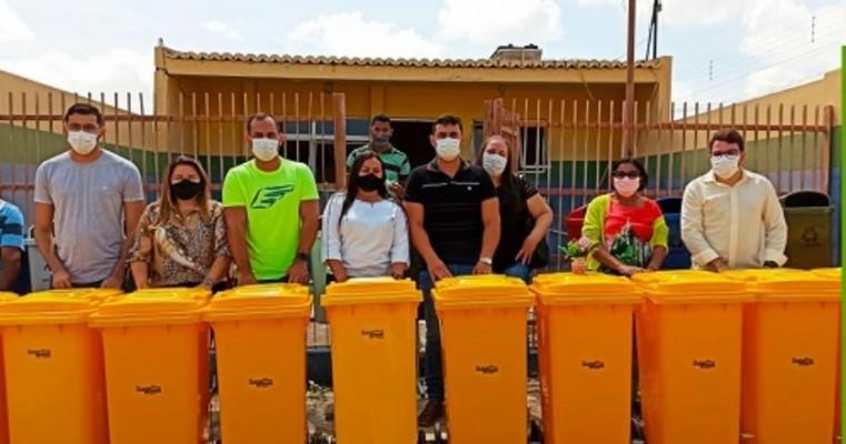 Prefeitura do Cedro-PE adquire equipamentos para a limpeza pública