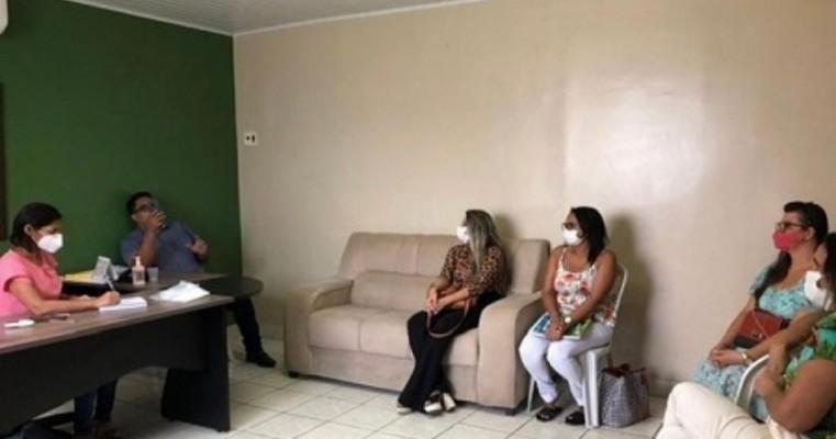 Prefeito de Cabrobó articula inclusão de profissionais da Assistência Social nos grupos prioritários de vacinação