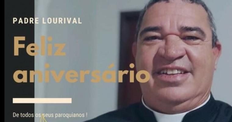 PARABÉNS PADRE LOURIIVAL PEOO ANIVERSÁRIO
