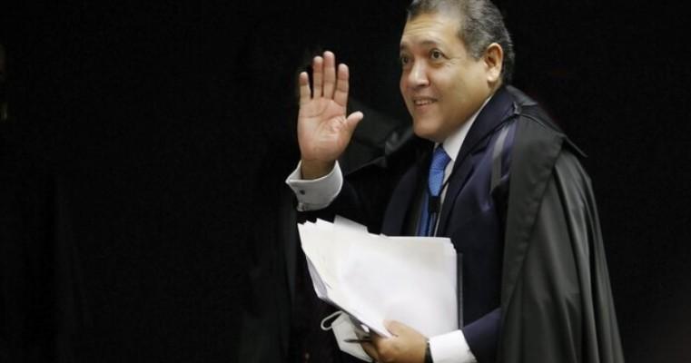 Nunes Marques é relator do pedido de impeachment de Moraes
