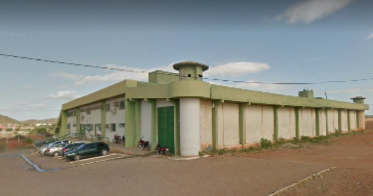 POLÍCIA CIVIL E EQUIPE MALHAS DA LEI CAPTURAM SUSPEITOS DE ARREMESSAR DROGAS AO INTERIOR DO PRESÍDIO DE SALGUEIRO