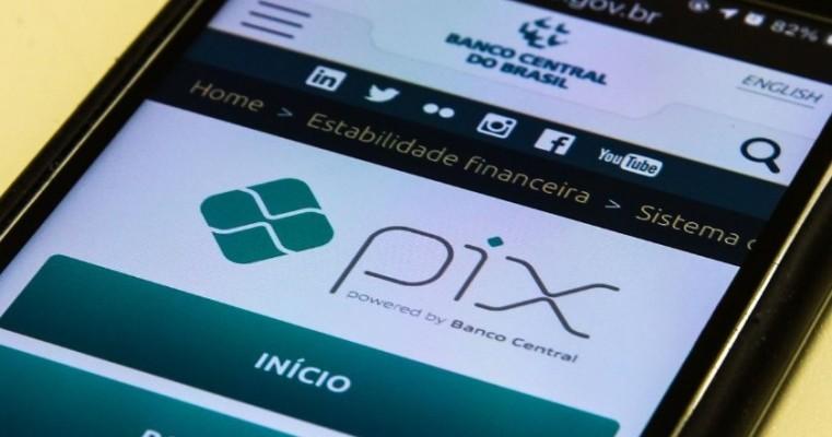 Banco Central nega falha de segurança no Pix e adverte contra golpes