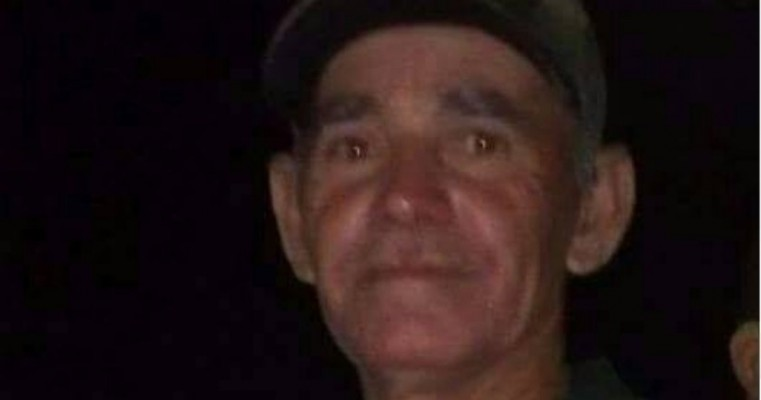 Corpo de Bombeiros, Polícia Militar e populares se reúnem em busca por homem desaparecido desde o último domingo