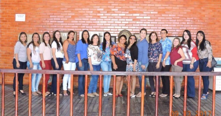 A Coordenadora Regional da Mulher Izabel Santos, reuniu-se hoje, dia 13 com representantes do Sertão Central em Salgueiro-PE