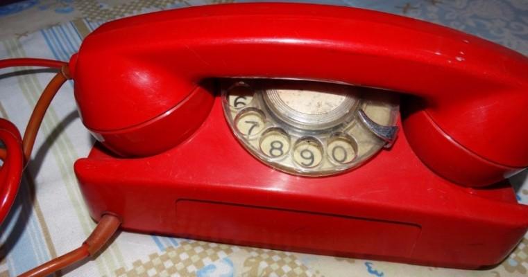 Brasil registra queda de quase 1,14 milhão de linhas fixas de telefone