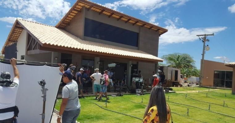 """Salgueiro recebe as filmagens do filme """"Acqua Movie"""" do Diretor Lírio Ferreira."""