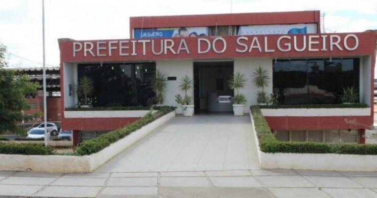 Ex-prefeito de Salgueiro é acusado pelo Ministério Público de superfaturamento em empresa de lixo