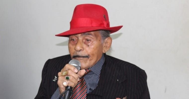 CRAS realiza Palestra sobre Carnaval com Mestre Jaime