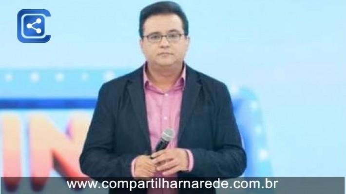 """Climão! Geraldo Luis surta com diretor do """"Domingo Show"""" e profissional ameaça abandonar atração"""
