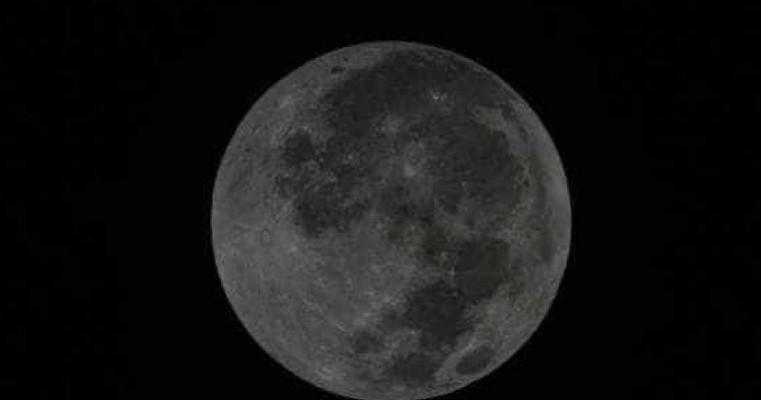 Lua Azul ocorre na noite deste sábado, pela segunda vez no ano