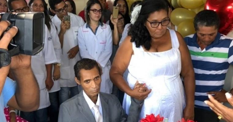 CASAMENTO NO HOSPITAL REGIONAL DE JUAZEIRO-BA REALIZA SONHO DE PACIENTE E EMOCIONA EQUIPE